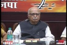 LK Advani accused of taking money from Yeddyurappa
