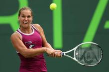 Slovakia lead Russia 1-0 in Fed Cup semi-finals