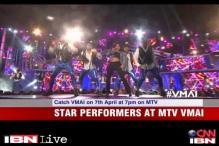 Watch: MTV Video Music Awards 2013