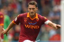 Hernanes, Totti trade goals as Rome derby ends 1-1