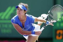 Li Na ousts Petra Kvitova to book Stuttgart semi-final spot