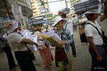 Private dailies re-emerge in Myanmar, face difficulties