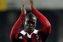 Balotelli-dependent Milan look to bridge gap in Serie A