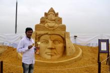 Wow! Sand artist Sudarsan Pattnaik's award-winning, stunning Ganesha sculpture in Moscow