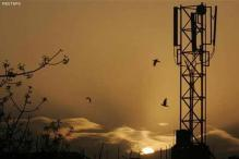 Tata Teleservices to give up some airwaves to save surcharges