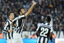 Juventus beat 10-man Pescara 2-1 in Serie A