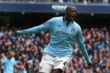 Yaya Toure signs new 4-year deal at Manchester City