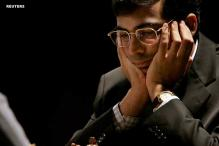 Viswanathan Anand draws with Peter Svidler; joint second now