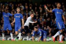 Spurs hold Chelsea after late Sigurdsson strike