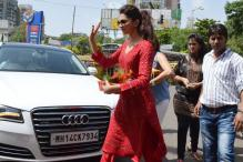Snapshot: Deepika Padukone seeks blessing at Siddhivinayak Temple
