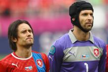 Rosicky, Cech in Czech squad for World Cup qualifier