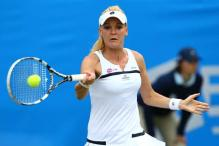 Top-seeded Radwanska loses to US qualifier Hampton