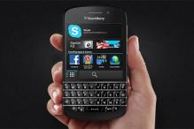 Keyboard-equipped BlackBerry Q10 to hit US stores this week