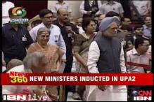 Clear signs of fatigue in UPA-II as PM inducts new ministers