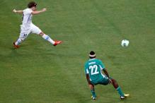 Forlan inspires Uruguay to 2-1 win over Nigeria