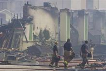 Four firefighters die, five injured battling Houston blaze