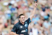 Lancashire sign Mitchell McClenaghan for T20s