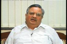 Raman Singh discusses tackling of Naxal problem