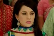I would never run after a guy, says Roop Durgapal