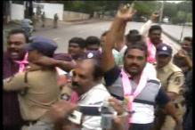 Telangana activists try to enter Andhra Assembly, taken into custody