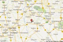 6 killed, 8 injured as 2 vehicles collide head-on in Amroha