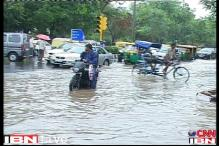 Delhi rains: Stuck on roads for hours, commuters share their woes