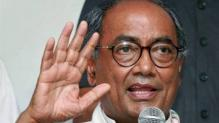 Ishrat Jahan case: Digvijaya Singh seeks clarification from Shinde