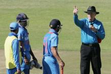 Virat Kohli falls for controversial catch, walks off fuming