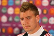 Eintracht Frankfurt in talks with Arsenal's Nicklas Bendtner