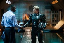 Hollywood Friday: Its robots vs sea monsters in 'Pacific Rim'