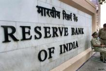 RBI hints at status quo, will focus on stabilising rupee