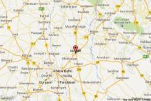 Six injured in clash between two communities