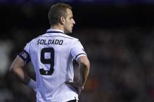 Tottenham Hotspur sign Valencia striker Roberto Soldado: reports