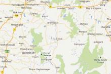 14 Maoists surrender before Maharashtra home minister