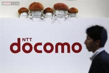 DoCoMo to select Sony, Fujitsu for new smartphone lineup: Sources