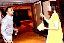 Sonakshi Sinha, Akshay Kumar, Imran Khan promote 'OUATIMD' on the sets of 'Comedy Nights with Kapil'
