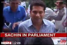 Watch: Sachin Tendulkar arrives for Monsoon Session with Anjali