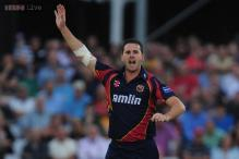 Tait hat-trick guides Essex home