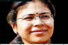 Delhi: UP IAS officer Durga Shakti Nagpal meets Narayanasamy