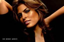 Eva Mendes launches her clothing line