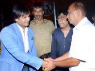 Vivek Oberoi celebrates 'Grand Masti' success without Riteish and Aftab