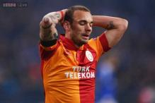 Netherlands call up Wesley Sneijder for Estonia match