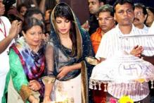 StarGaze: Priyanka Chopra, Veena Malik at Ganesh Utsav and more
