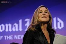 Apple hires Burberry CEO Angela Ahrendts to head retail division
