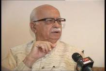 Advani endorses Modi's view on compulsory voting