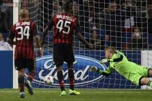 Balotelli penalty rescues point for Milan against Ajax