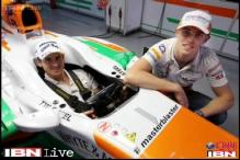 Sachin Tendulkar vrooms on F1 track