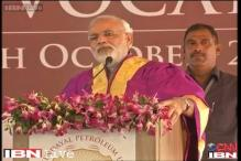 Congress compares Modi to Hitler; BJP hits back, calls Indira a dictator