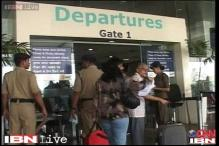 Mumbai airport's main runway to be shut for 8 hours till May 2014