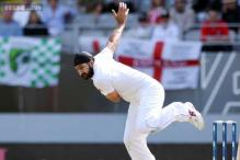 Monty Panesar signs two-year contract with Essex